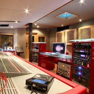 Recording & mixing studios