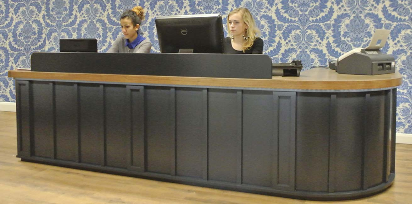 Remark! reception desk