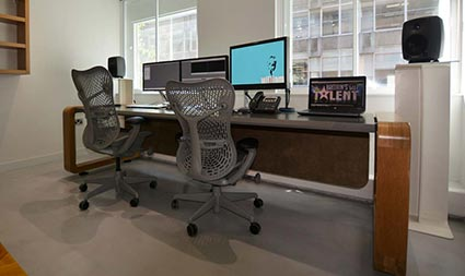 downloads_Edit desks