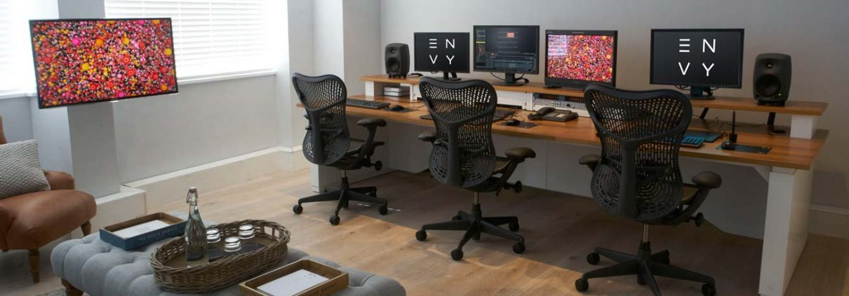 Custom on-line editing desk