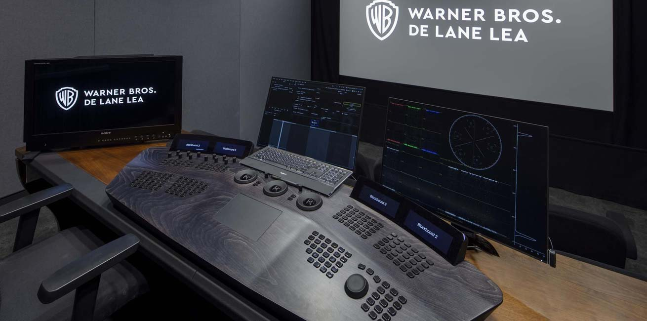 Warner Bros- De Lane Lea - grading desk